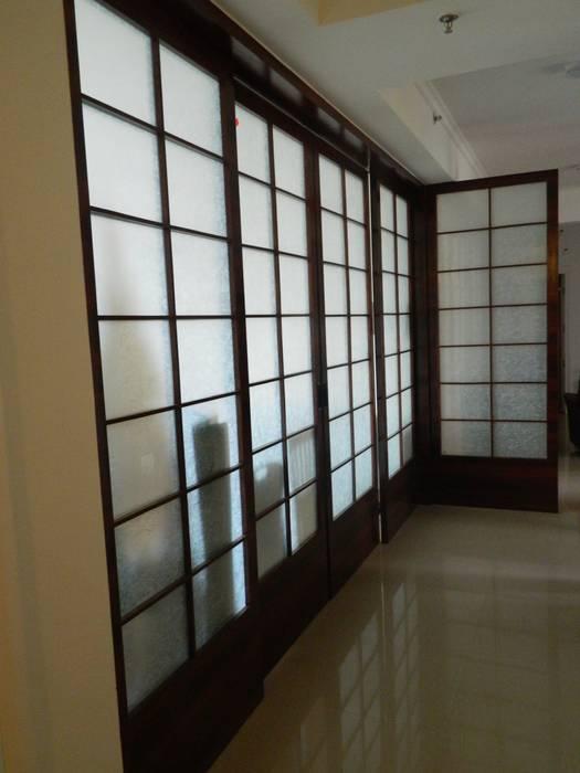 Interiors in Sharanam:  Corridor & hallway by hearth n home