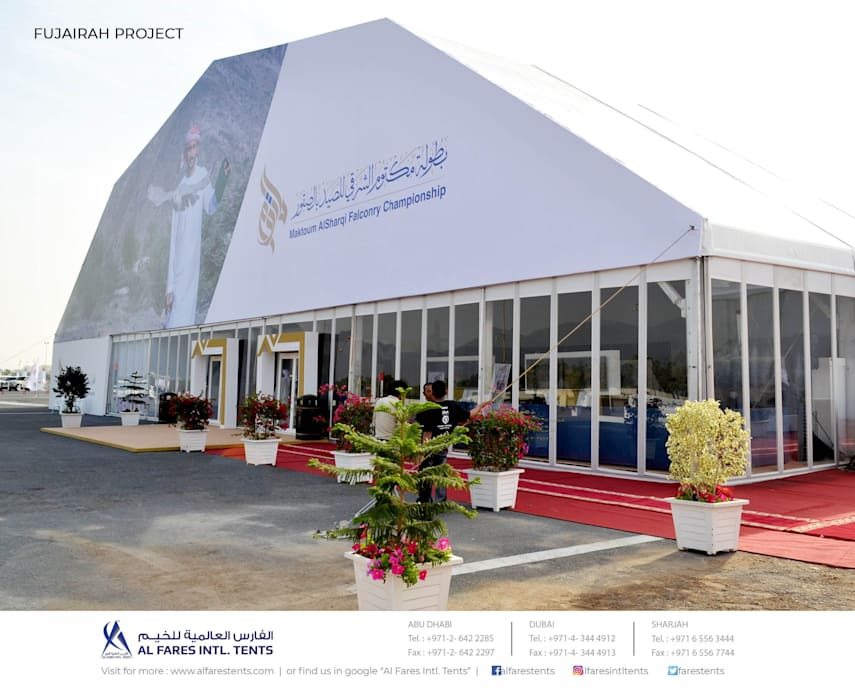 Salones de eventos de estilo  por AL FARES INTERNATIONAL TENTS