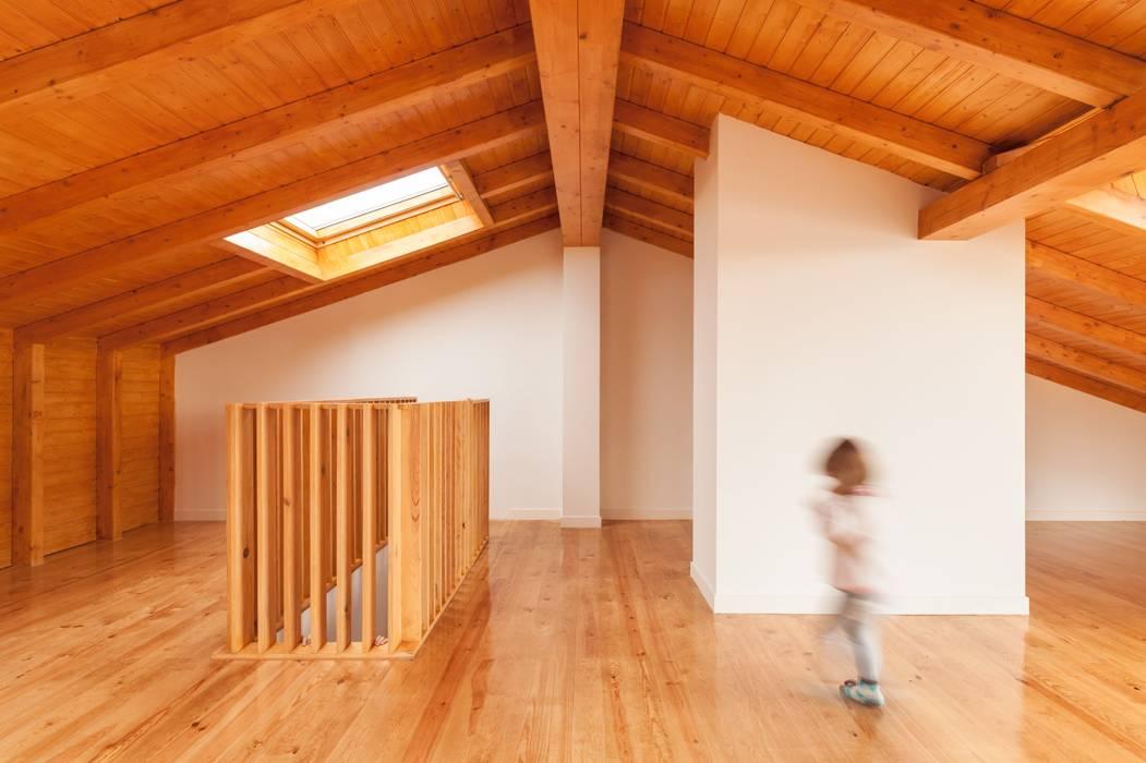 Oleh Boost Studio Modern Kayu Wood effect