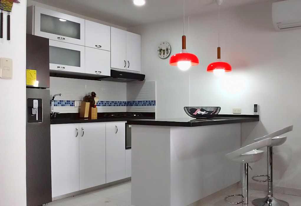 Cocina integral de Remodelar Proyectos Integrales Moderno Derivados de madera Transparente