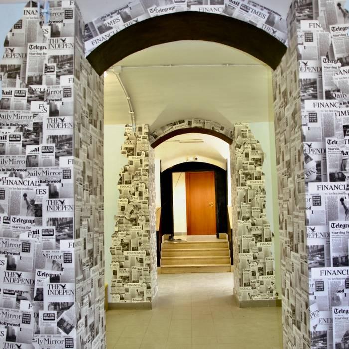 Ingresso - dopo: Ingresso & Corridoio in stile  di Antonella Petrangeli