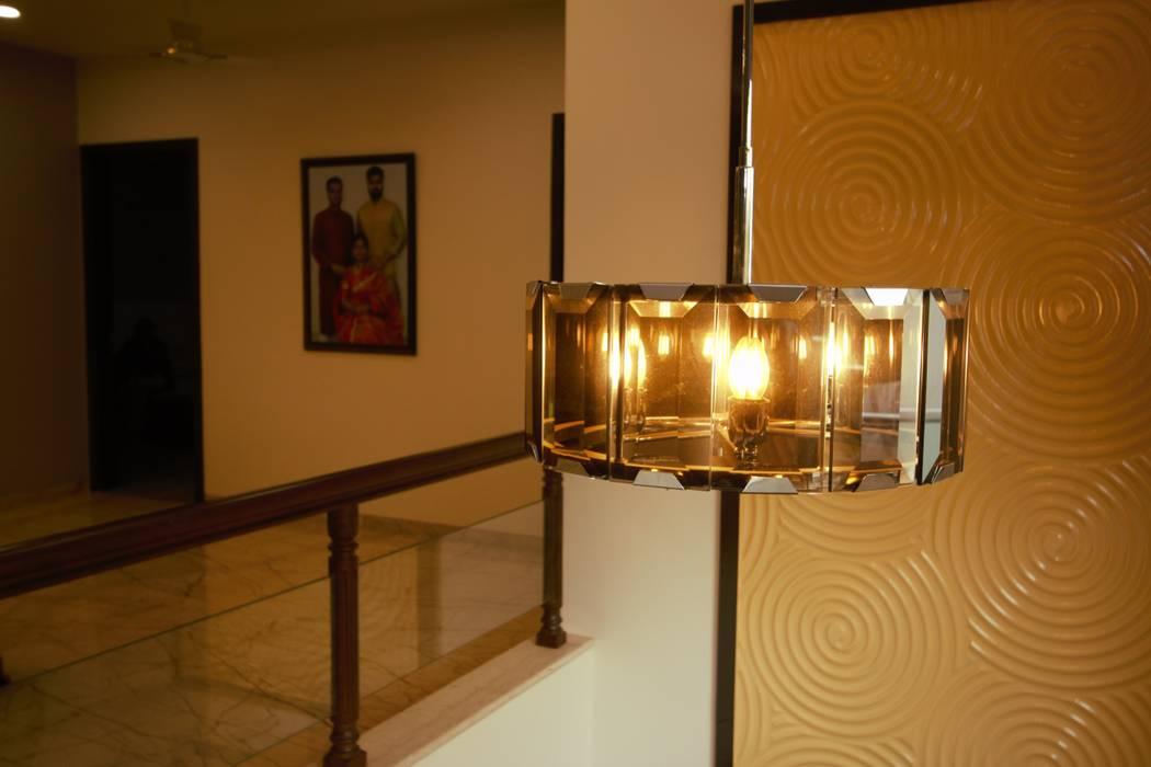 Residential Project:  Corridor & hallway by Kalatmak Space