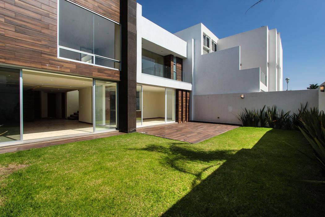 Residencia Mombeltran 72 Jardines modernos de Herrera Arquitectos H&H Moderno