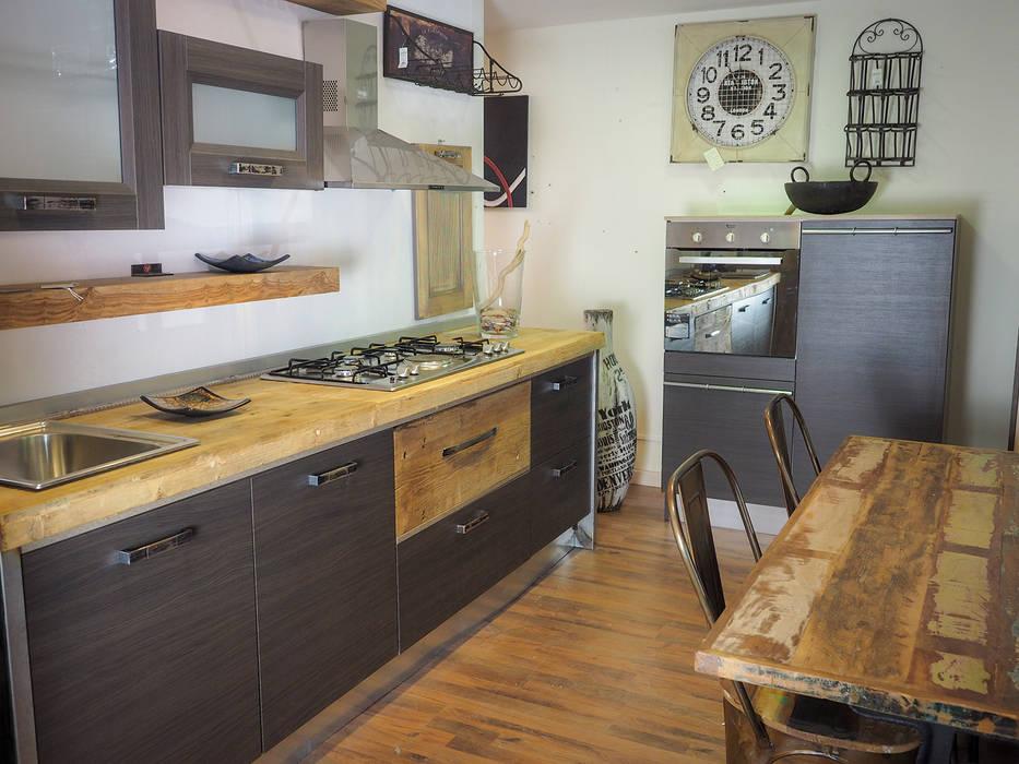 Cucine in stile industrial di nuovimondi di Flli Unia snc Industrial