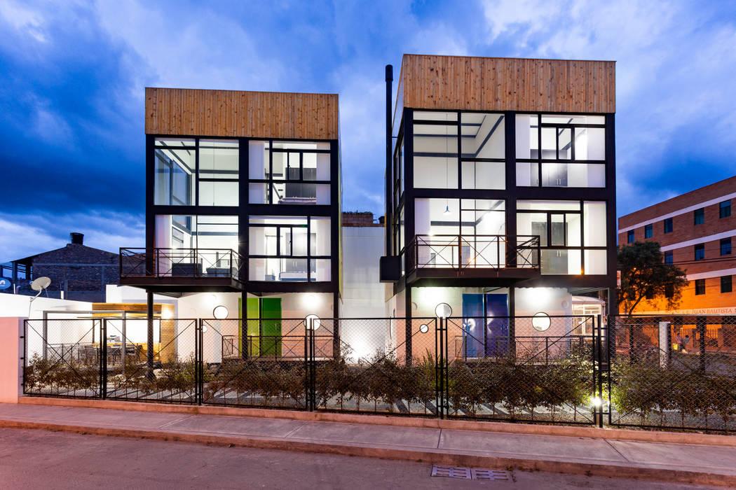 Refugio Cubica de Camacho Estudio de Arquitectura Moderno Metal