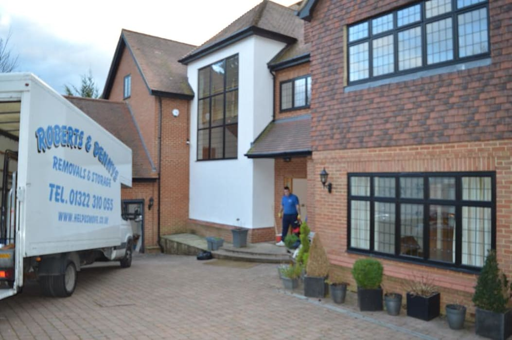 Moving to Bromley Kent:  Houses by Roberts and Denny's Removals & Storage  (Kent) Ltd, Classic