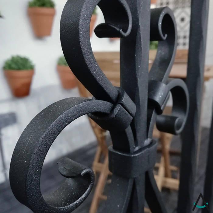 modern  by Estudi Aura, decoradores y diseñadores de interiores en Barcelona, Modern Iron/Steel