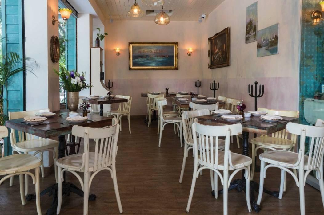 Restaurante de Mar a Mar: Comedores de estilo  por simbiosis ARQUITECTOS