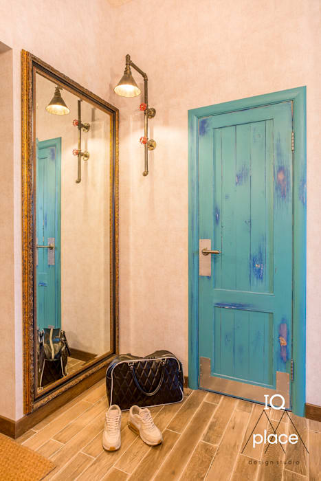 Лофт в Ромашково IQ Place Design Коридор, прихожая и лестница в стиле лофт Бетон Серый