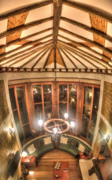 Ventana sala Puertas y ventanas de estilo rústico de cesar sierra daza Arquitecto Rústico Derivados de madera Transparente