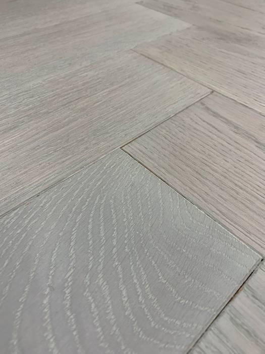 Parquet flooring OYSTER:  Floors by Unique Bespoke Wood, Modern Wood Wood effect