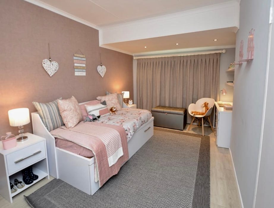 Modern style bedroom by CS DESIGN Modern