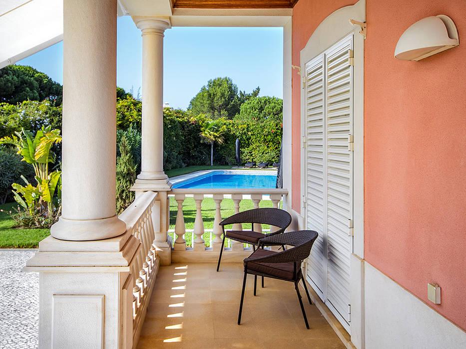 Balcón de estilo  por ImofoCCo - Fotografia Imobiliária, Clásico
