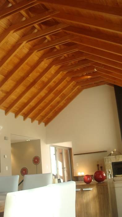 Vivienda Unifamiliar. Fabiana Ordoqui Arquitectura|Diseño de Fabiana Ordoqui Arquitectura y Diseño. Rosario | Funes |Roldán Moderno Madera Acabado en madera