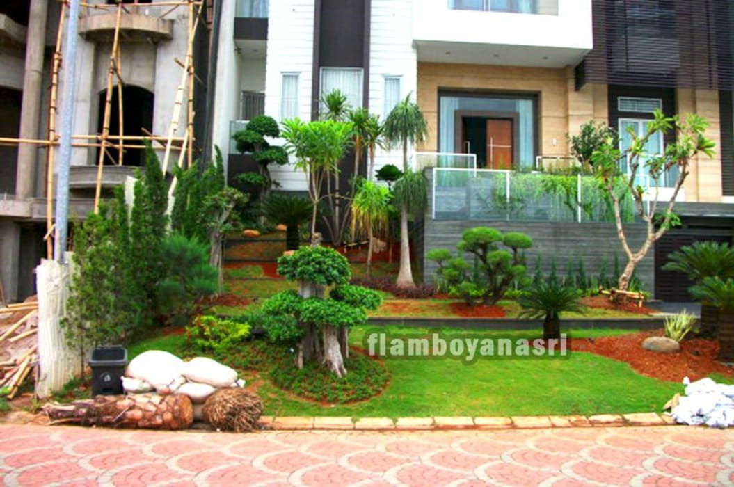 Tukang Taman Surabaya - Taman minimalis murah di surabaya: Taman oleh Tukang Taman Surabaya - flamboyanasri, Modern