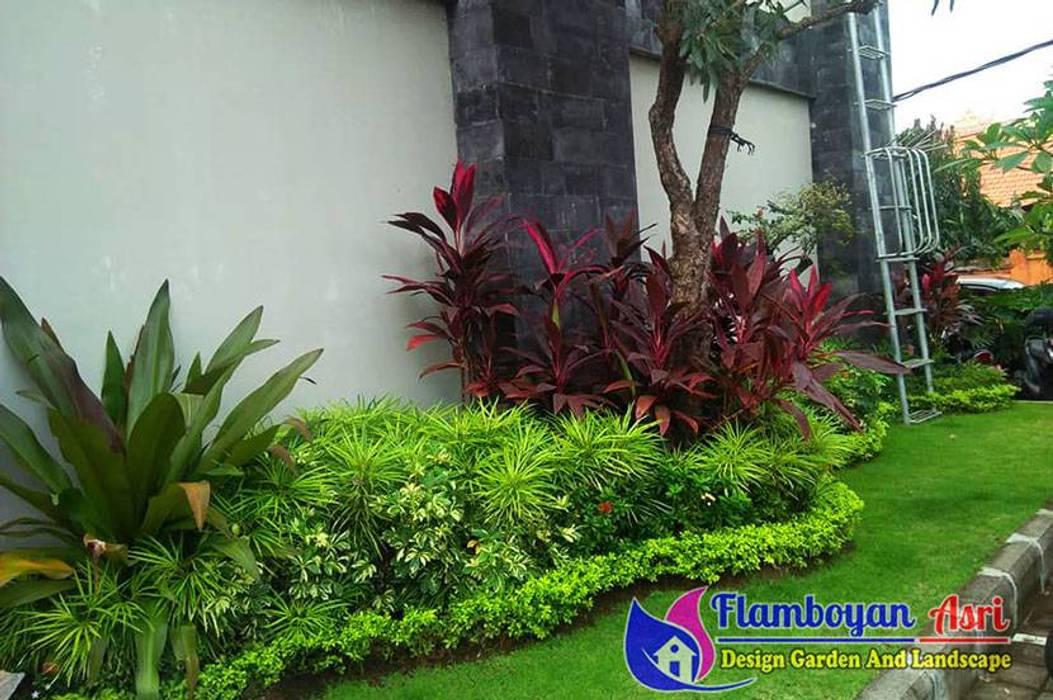 Tukang Taman Surabaya - Taman Depan Pagar Oleh Tukang Taman Surabaya - flamboyanasri Minimalis