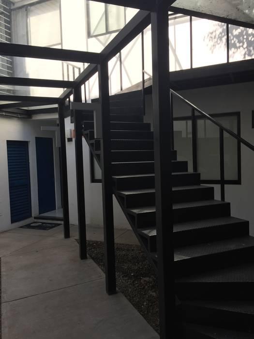 Arbeitszimmer von BP construcciones & acabados