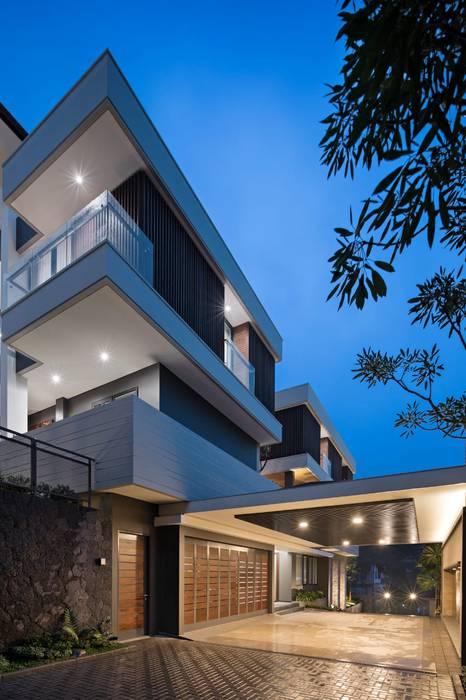 Gio House Setraduta Rumah Tropis Oleh CV Berkat Estetika Tropis Beton Bertulang