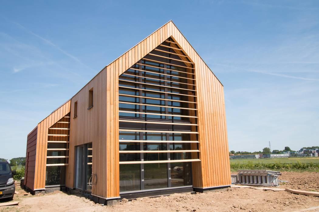 Duurzame vrijstaande woning | Studioschaeffer:  Huizen door Studioschaeffer Architecten BNA, Scandinavisch