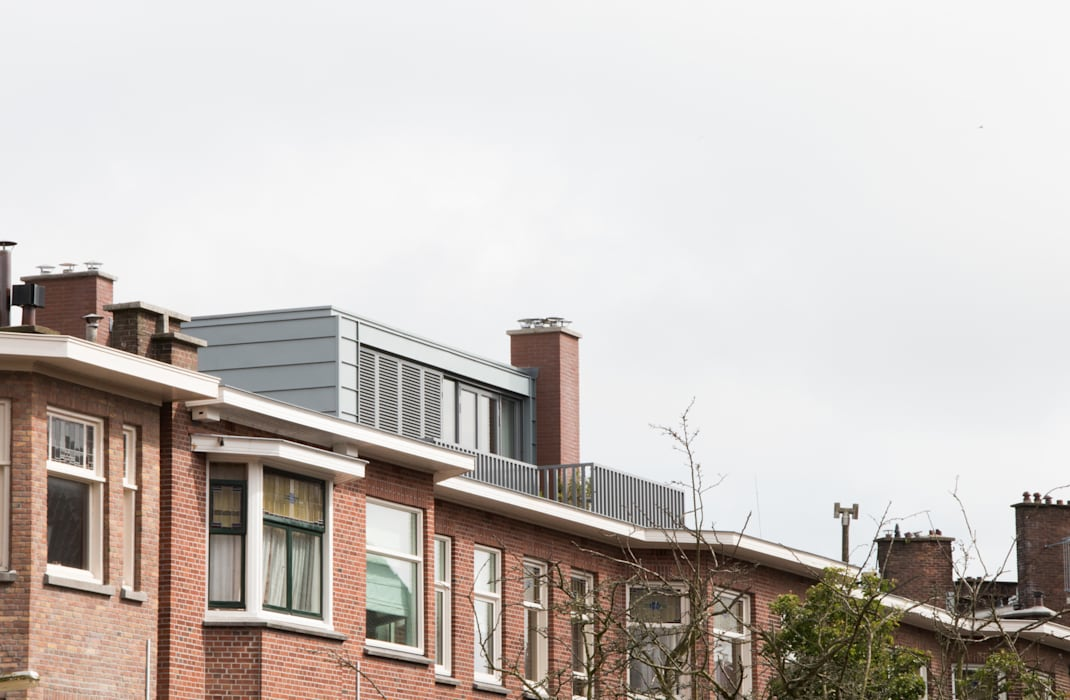 Zinken dakopbouw jaren 30   Studioschaeffer:  Huizen door Studioschaeffer Architecten BNA