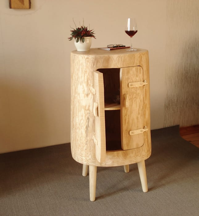 Minibar aus eschenholz: wohnzimmer von holzbau bohse   homify