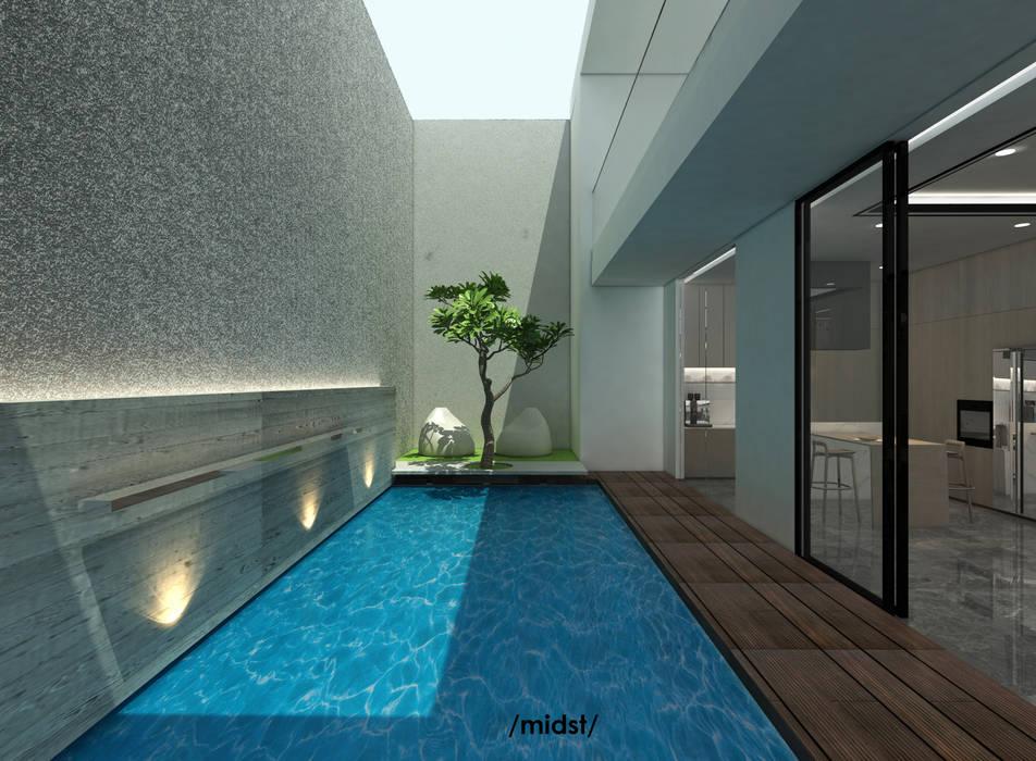 Pool Terrace:  Kolam Renang by M I D S T Interiors