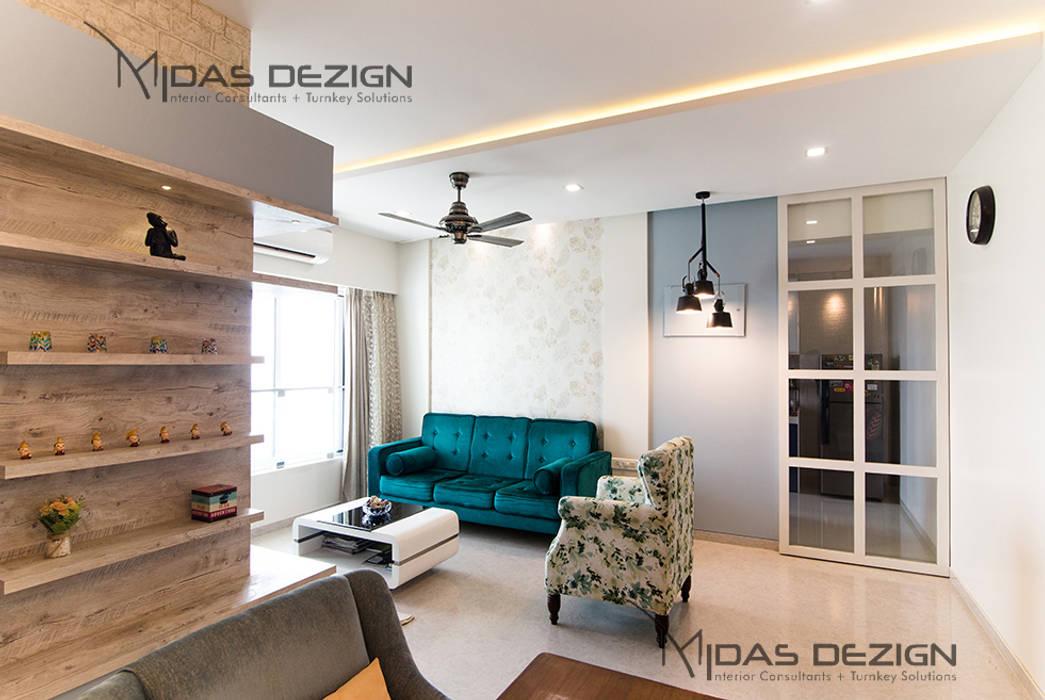 Mr. Vandan Somani:  Living room by Midas Dezign