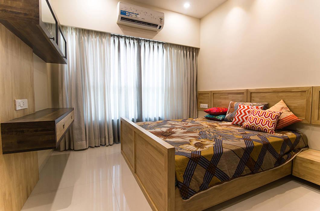 Mr. Vandan Somani:  Bedroom by Midas Dezign