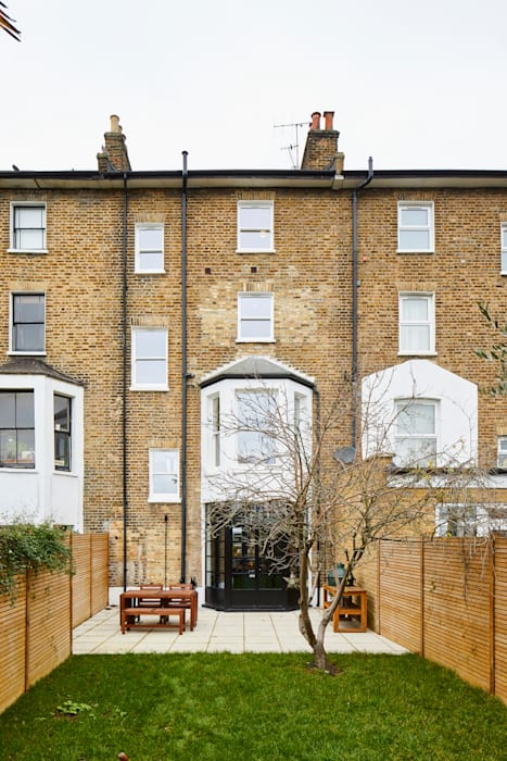 Home Renovation, Forest Hill:  Houses by Resi Architects in London