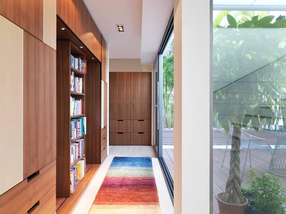 Clearwater Bay Villa Modern corridor, hallway & stairs by Original Vision Modern
