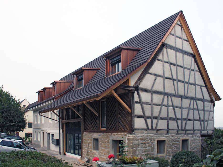 บ้านสำหรับครอบครัว โดย quartier b architekten gmbh,