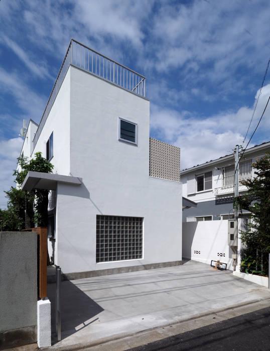 アトリエ スピノザ Rumah keluarga besar Beton White