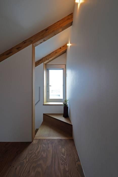 混構造の家リノベーション アトリエ スピノザ 階段