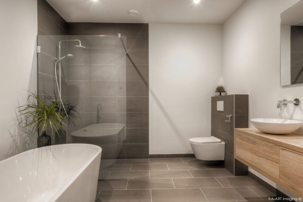 Villa Roosendaal Moderne badkamers van lab-R | architectenbureau Modern
