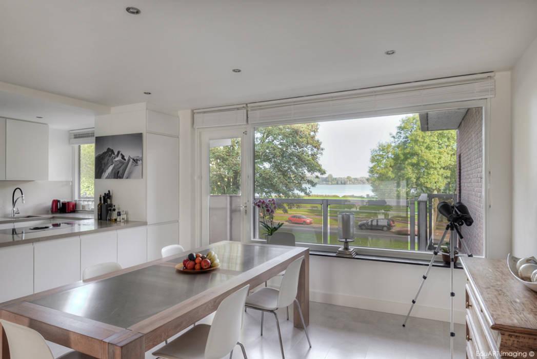Dining room by lab-R | architectenbureau