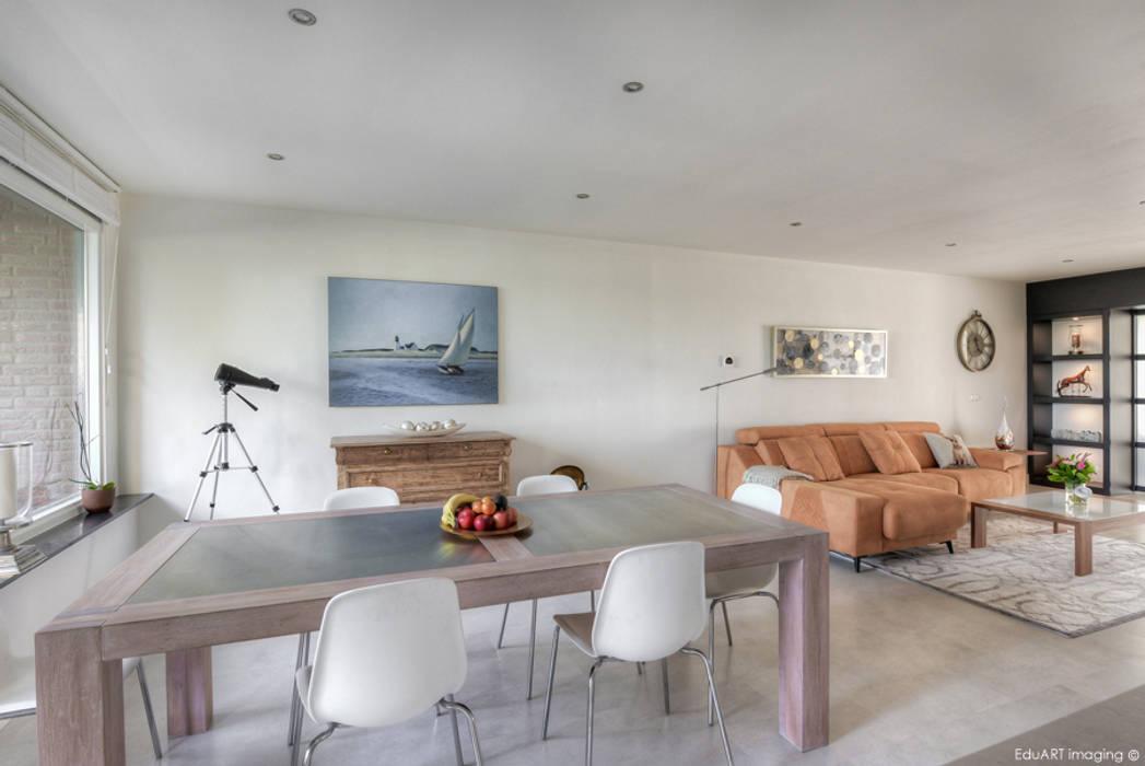 Mediterranean style dining room by lab-R | architectenbureau Mediterranean