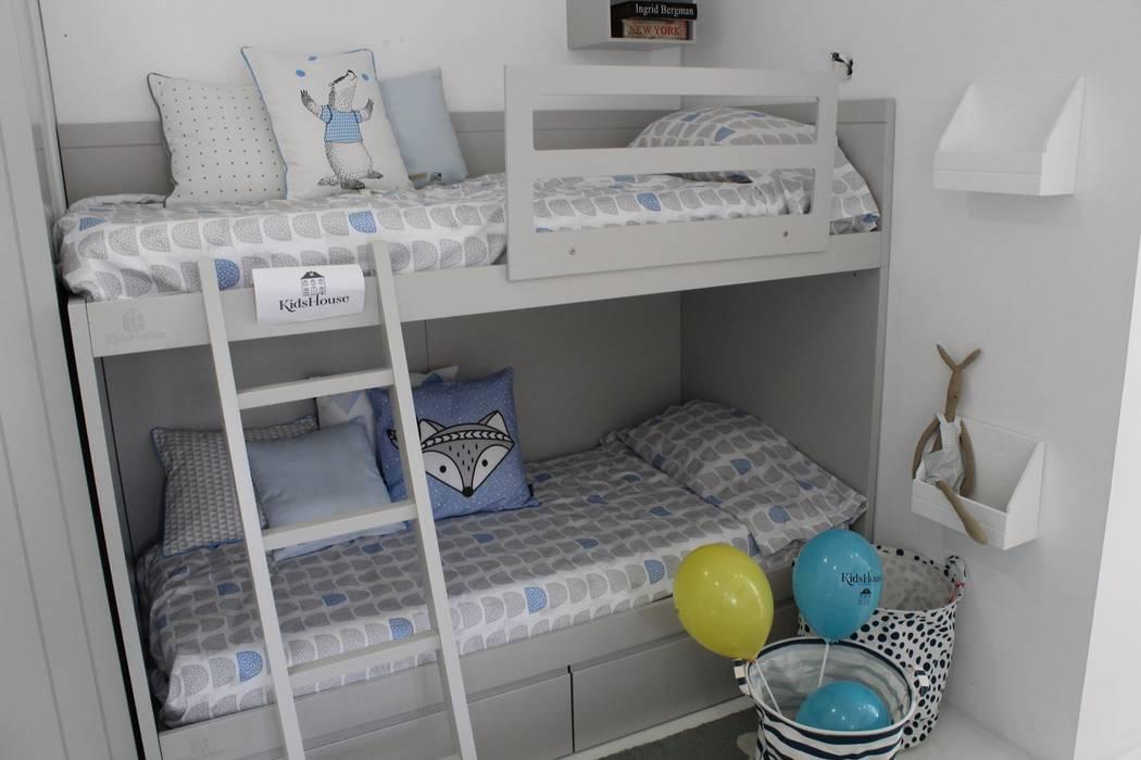 Beliches : Quarto de crianças  por Kids House