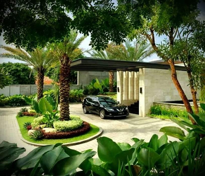 Spesialis Tukang Taman Sidoarjo: Halaman depan oleh Tukang Taman Surabaya - Tianggadha-art,
