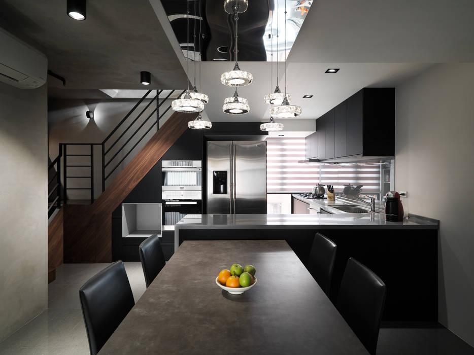 Industrial style dining room by 舍子美學設計有限公司 Industrial