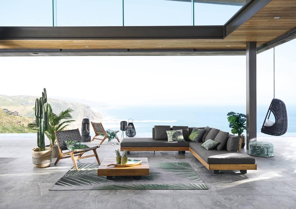 Sofá de 4/6 plazas y mesa de centro de acacia maciza (1 490,00 €): Jardín de estilo  de MAISONS DU MONDE