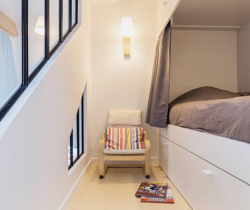 Boys Bedroom by Créateurs d'Interieur,