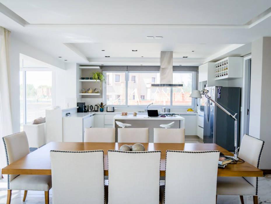 Moderne Küchen von Estudio Machelett Modern