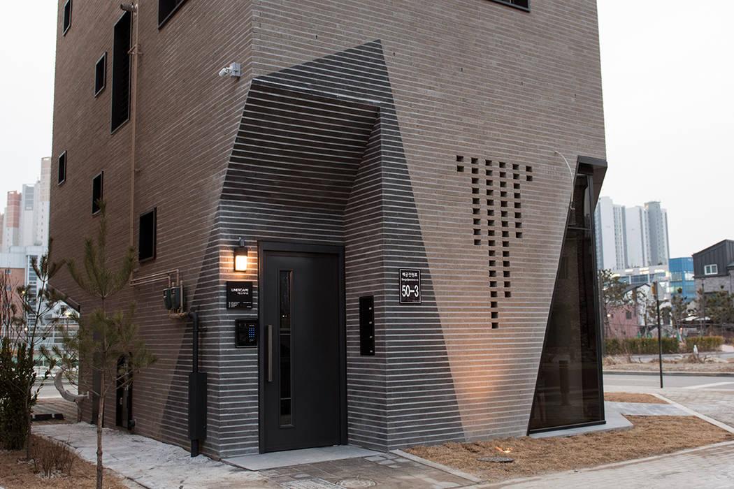 시흥시 배곧(정왕동 2450) 상가주택 by AAG architecten 모던 벽돌