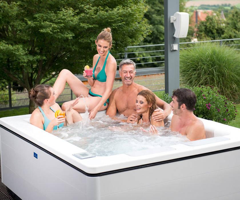 Gartenparty mit Whirlpool:  Garten von SPA Deluxe GmbH - Whirlpools in Senden