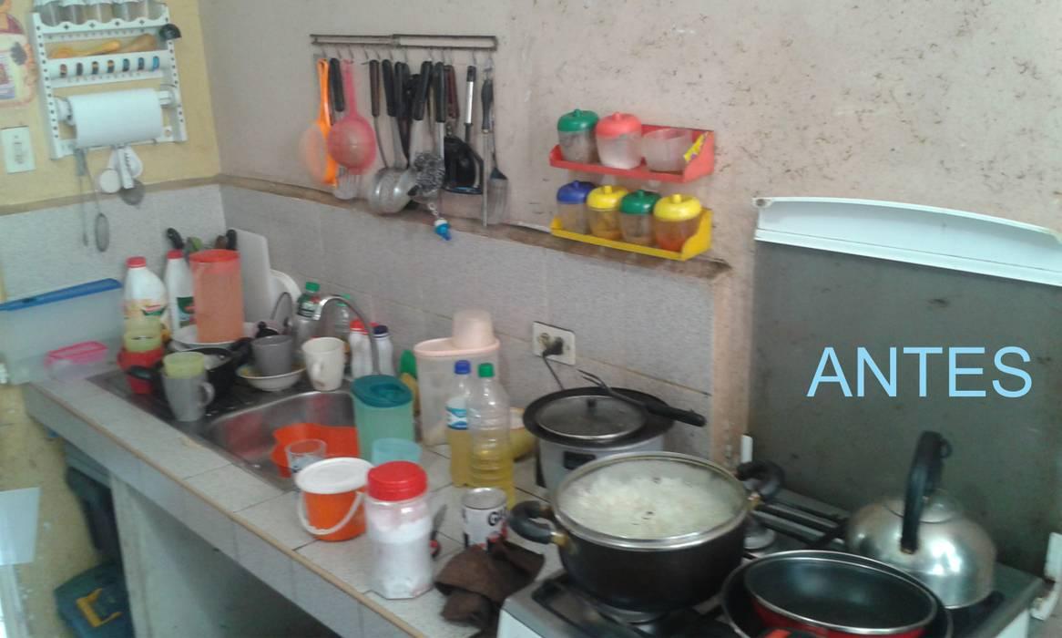 Cocina Antes de Remodelación Cocinas de estilo moderno de Inter Designer Moderno