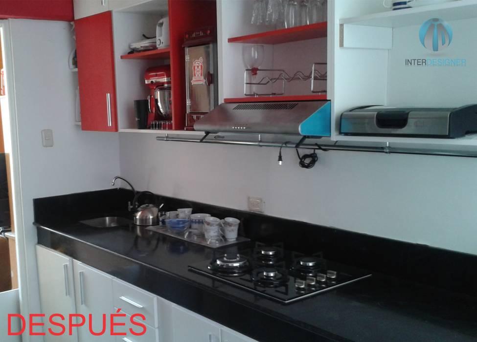 REMODELACIÓN DE COCINA: Cocinas equipadas de estilo  por Inter Designer, Moderno Granito
