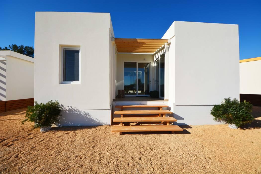 Casa prefabbricata mobile: Casa prefabbricata  in stile  di SIB CASE MOBILI