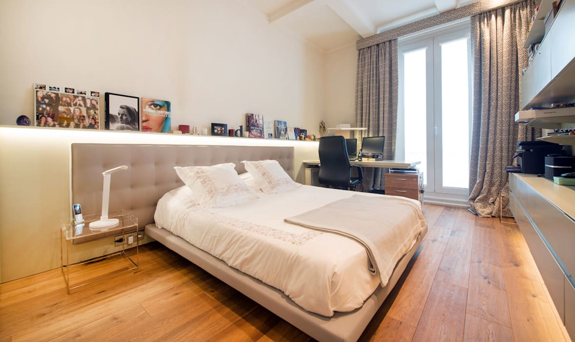Consell de Cent: Dormitorios pequeños de estilo  de Antonio Parrondo Interiorismo, Moderno