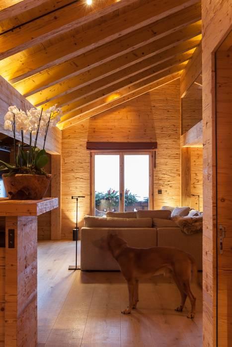 Wohnbereich Wohnzimmer Von Rh Design Innenausbau Möbel Und
