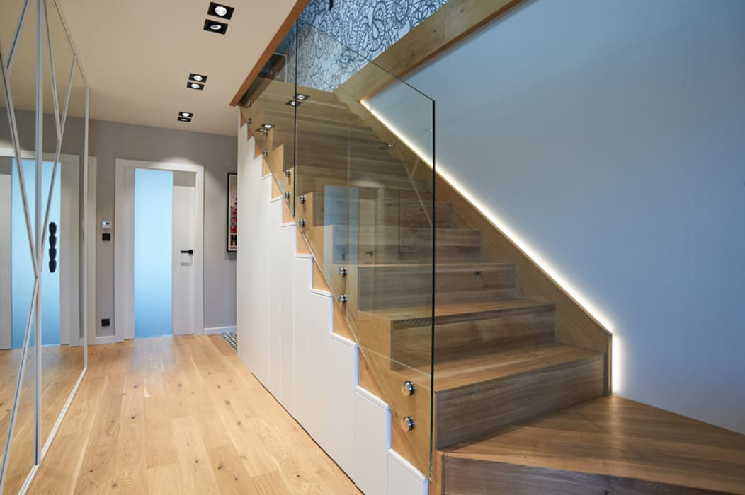 mieszkanie//86m Nowoczesny korytarz, przedpokój i schody od TOTAMSTUDIO pracownia architektury wnętrz Nowoczesny